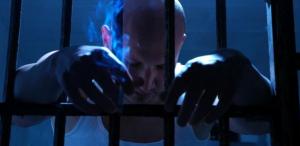 smoker prison (2)